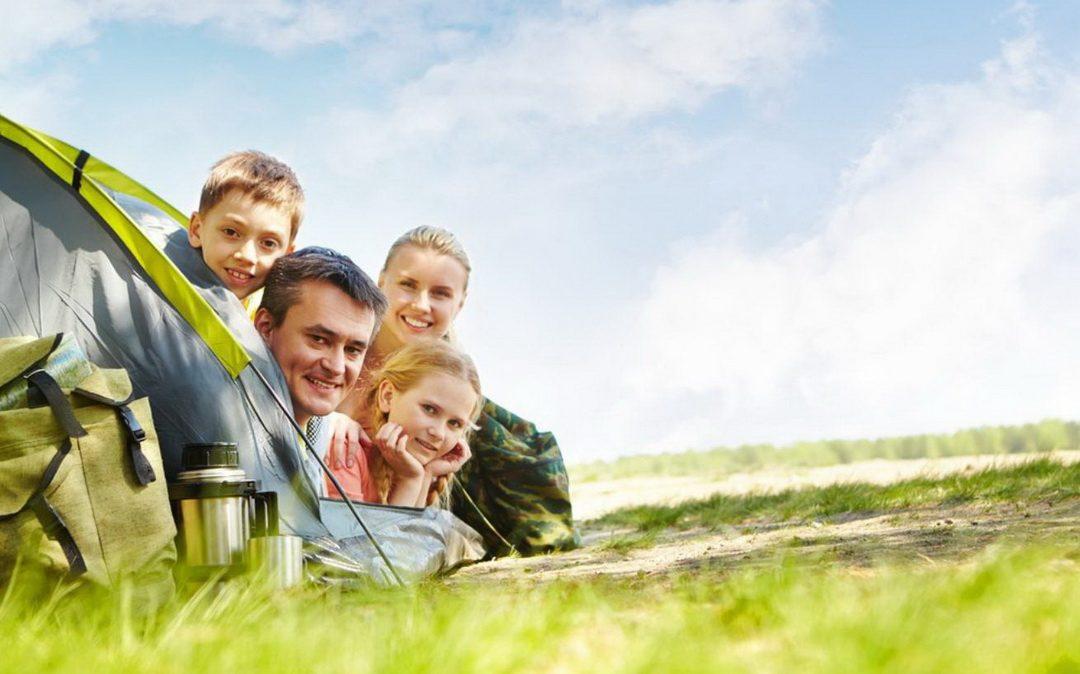 Familieninfos Sommer 2018  (Feriencamps – Lerncamps – Familienurlaube)